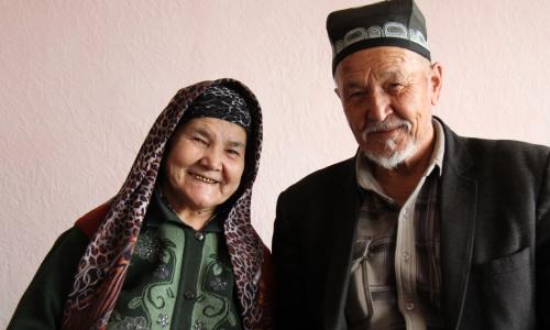 Сколько в среднем получают пенсионеры Узбекистана: статистика по областям
